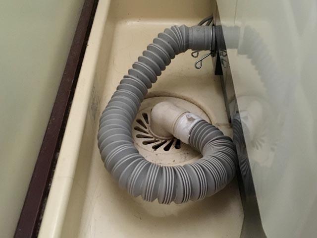 洗濯パンのつまり、排水管の清掃